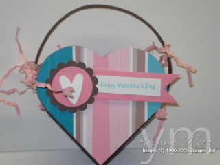 Heart Shaped V-Day Holder