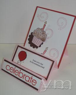 Cupcake stairstep card sideview